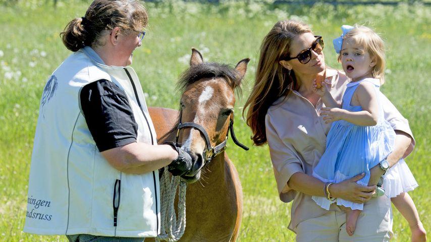 Prinzessin Madeleine von Schweden und Prinzessin Leonore von Schweden
