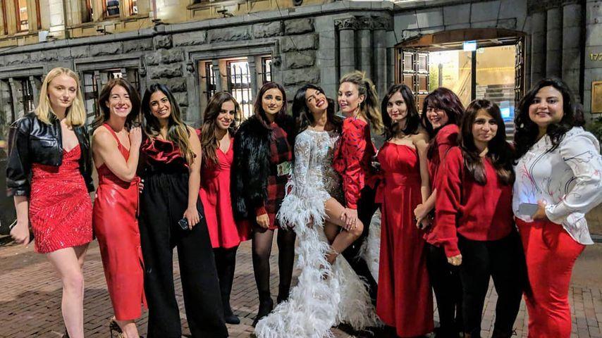 So wild feierte Priyanka ihre Bachelorette-Party mit Sophie!