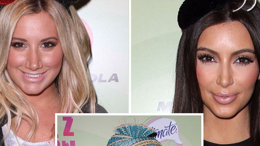 Warum? Ashley Tisdale & Co. mit komischen Hüten