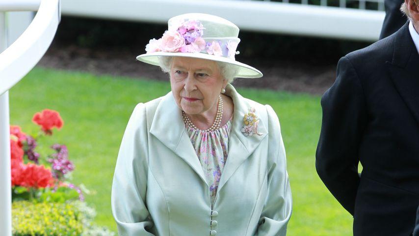 Thron frei! Dankt die Queen an Weihnachten ab?