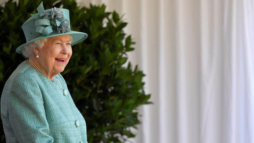 Queen Elizabeth II. beim Tropping the Colour
