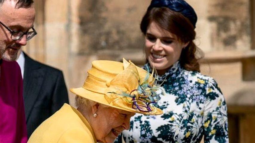 Die Queen und Prinzessin Eugenie an der St George's Kapelle in Windsor im Jahr 2019