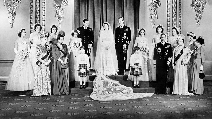 Queen Elizabeth und ihr Gatte Philip 1947 nach ihrer Hochzeit