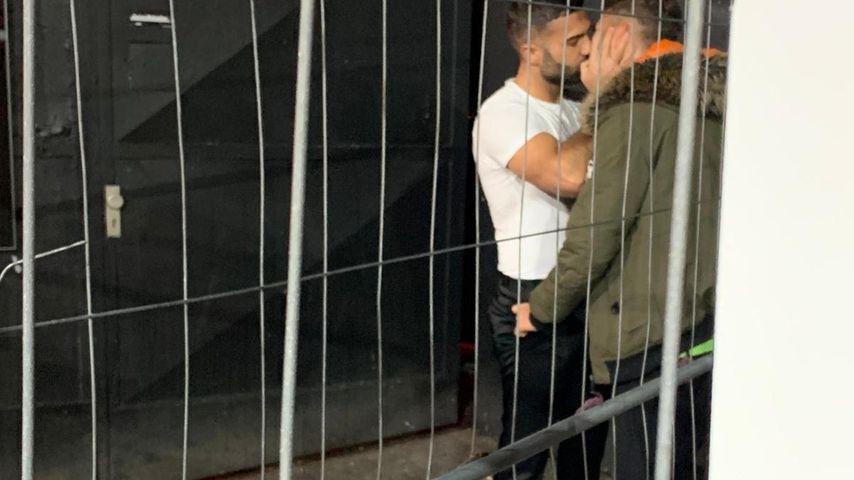 """Hier küsst BiP-Rafi einen """"Prince Charming""""-Kandidaten"""