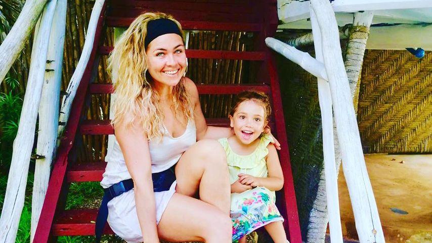 Rebecca Kratz mit ihrem Töchterchen, Dezember 2019