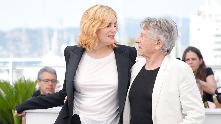 """Regisseur Roman Polanski und Schauspielerin Emmanuelle Seigner auf einem Fototermin für den Film """"Na"""