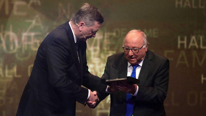 Reinhard Grindel und Uwe Seeler bei der Hall Of Fame Gala