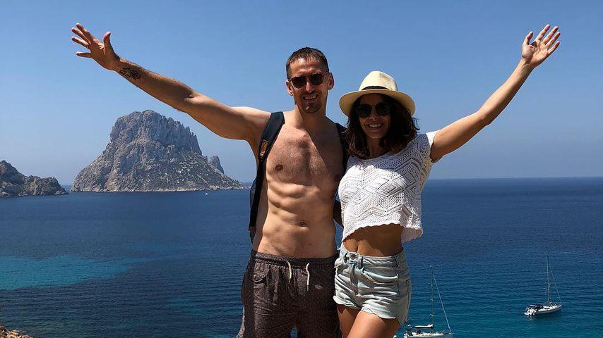 René Adler und Lilli Holunder im Urlaub
