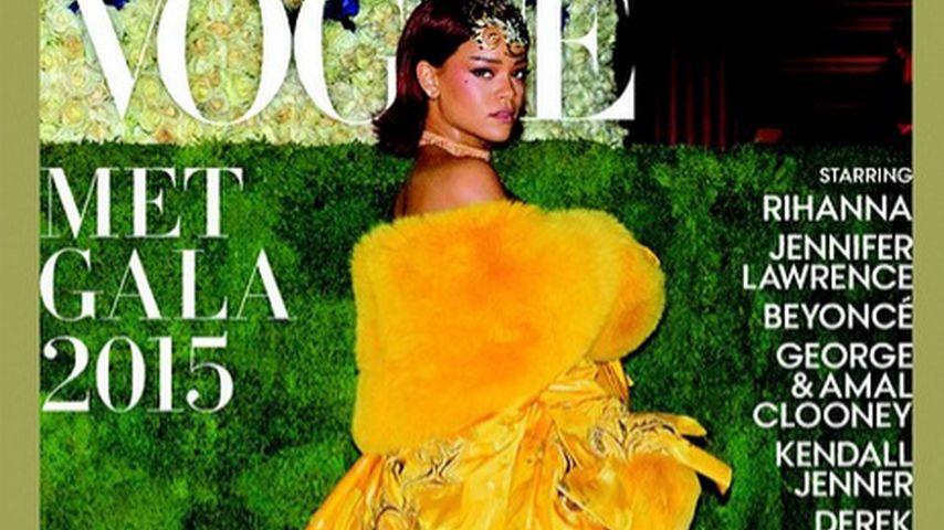 Rihanna: Ihr seltsames Gold-Kleid bringt sie auf die Vogue
