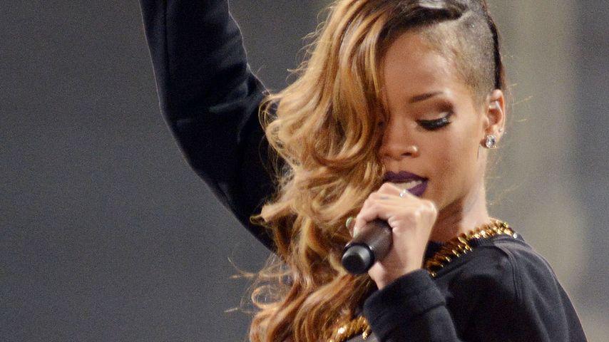 Ein Vermögen! So teuer ist Rihannas Haar-Styling