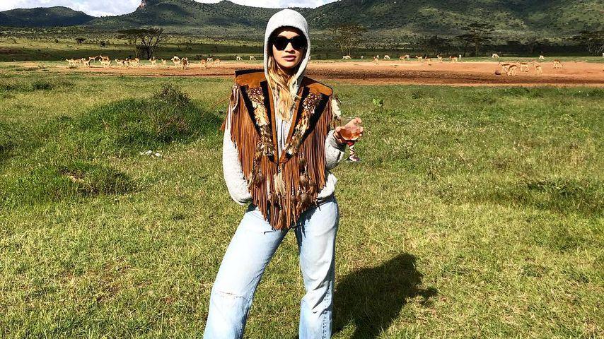 Rita Ora an ihrem 27. Geburtstag in Kenia