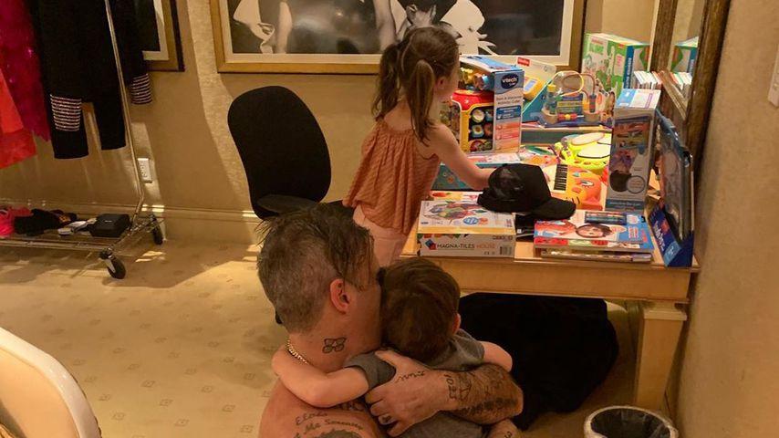 Robbie Williams mit seinen Kindern, 2019