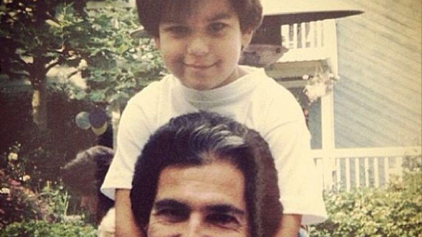 Zum Todestag: Khloe Kardashian postet Papa-Foto