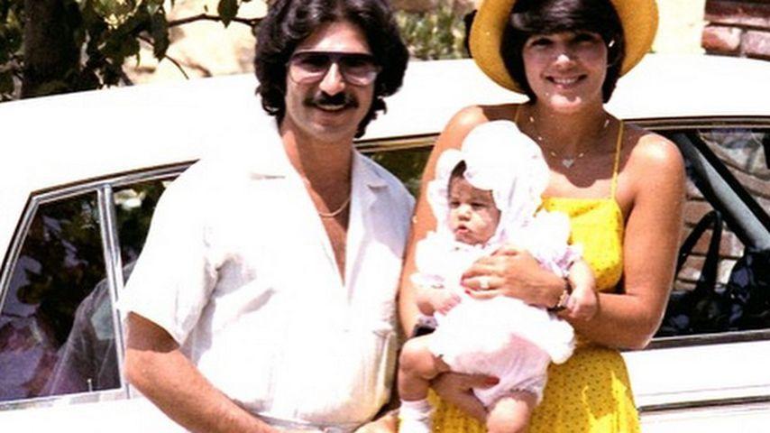Robert Kardashian Sr. mit Kris Jenner und Tochter Kourtney Kardashian im Jahr 1979