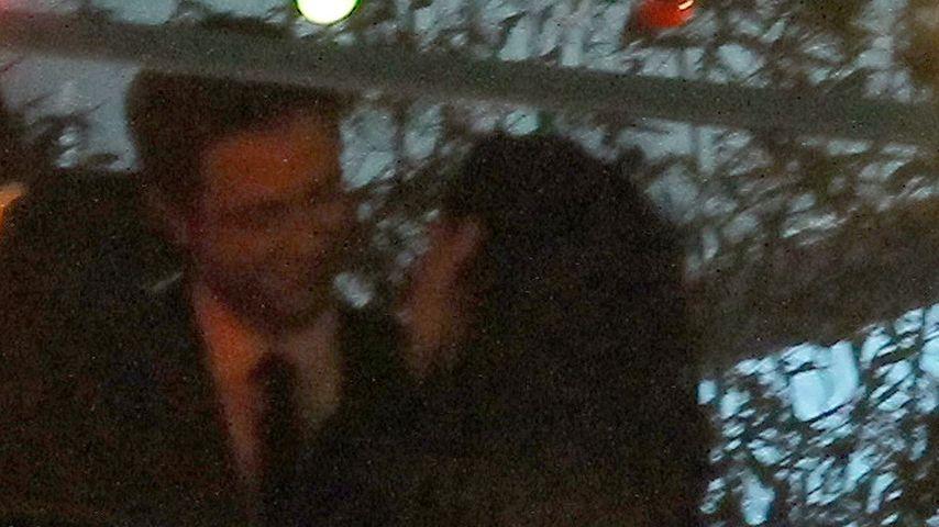 Erwischt: Kristen Stewart & Rob turteln ganz intim