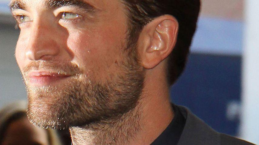 Robert Pattinson betrinkt sich an der Universität