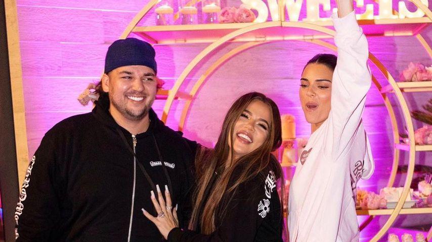 Robert und Khloé Kardashian mit Kendall Jenner im Juni 2020