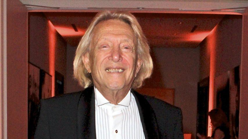 Zu viel gefeiert! Playboy Rolf Eden erleidet Schwächeanfall