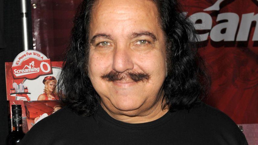 Porno-Star Ron Jeremy auf Intensivstation!