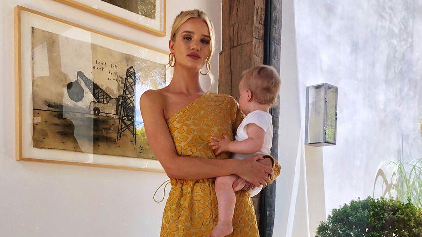 Rosie Huntington-Whiteley ist als Mama so glücklich wie nie