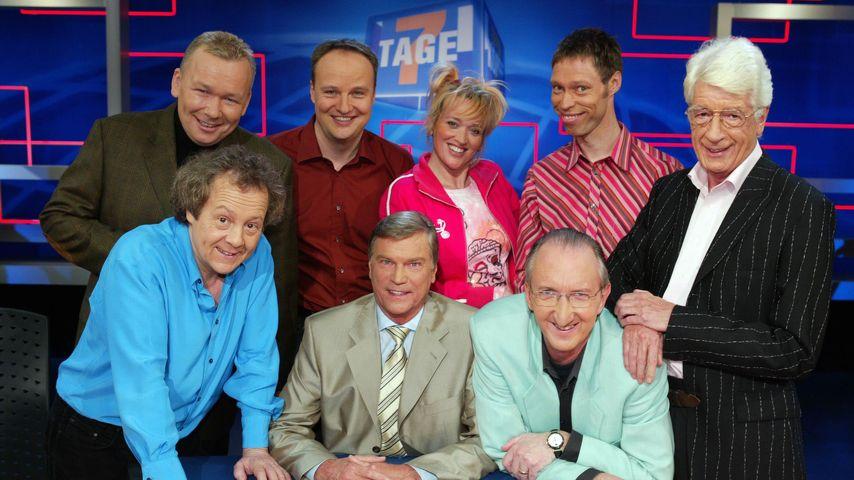 """Rudi Carrell mit dem Team von """"7 Tage, 7 Köpfe"""""""