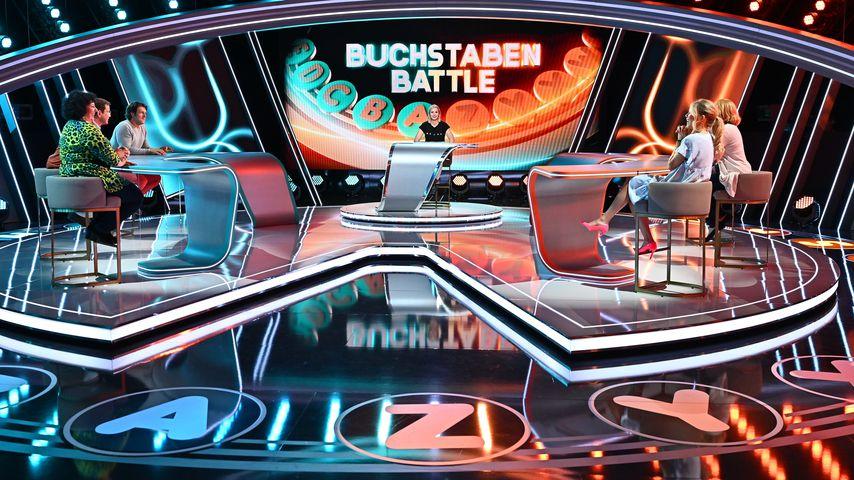 """Ruth Moschner als Moderatorin von """"Buchstaben Battle"""""""