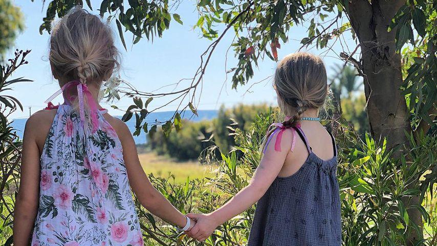 Sara Kulkas Tochter Matilda mit einer Freundin