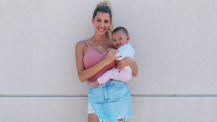 Sarah Harrison mit ihrer Tochter Kyla
