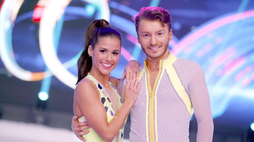 """Sarah Lombardi und Joti Polizoakis in der zweiten Folge von """"Dancing on Ice"""" 2019"""