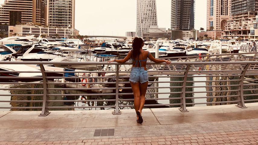 Kritik an Sarah Lombardi: Ist ihr Outfit zu knapp für Dubai?