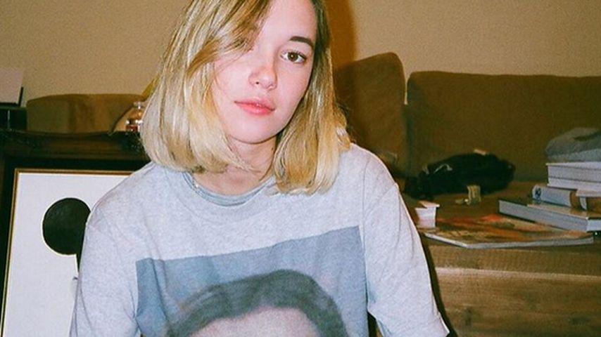 Jaden Smiths Freundin zeigt eigenes Fahndungsfoto auf Shirt