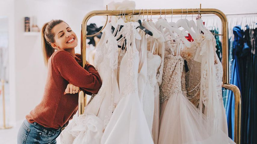 Brautkleid-Chaos: Sarah Harrison braucht eine zweite Anprobe