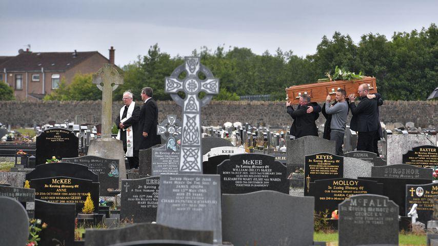Kitty Neesons Beerdigung, Juni 2020