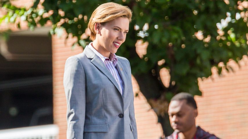 "Scarlett Johansson am Set von ""Rock That Body"""
