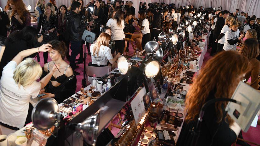 Schminkbereich der Victoria's Secret Fashion Show 2018