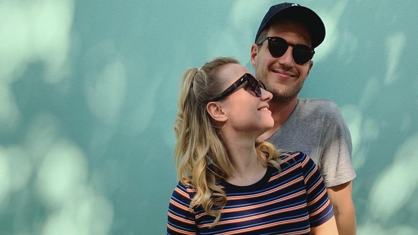 Schwangere Ania Niedieck und Ehemann Chris, April 2019