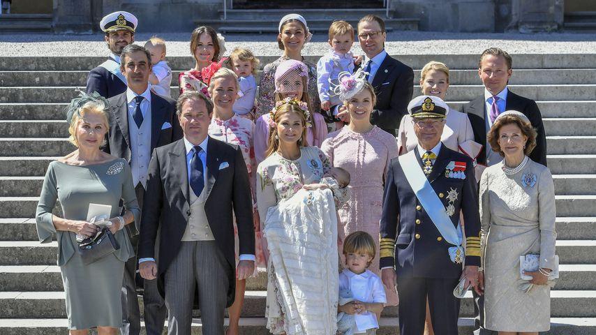 Schwedische Königsfamilie zur Taufe von Prinzessin Adrienne