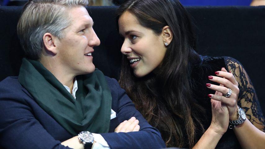 Fußballer Bastian Schweinsteiger und Tennis-Profi Ana Ivanovic in der O2-Arena in London, 2016