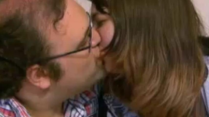 Schwiegertochter-Ingo: Spaghetti-Kuss mit Steffi