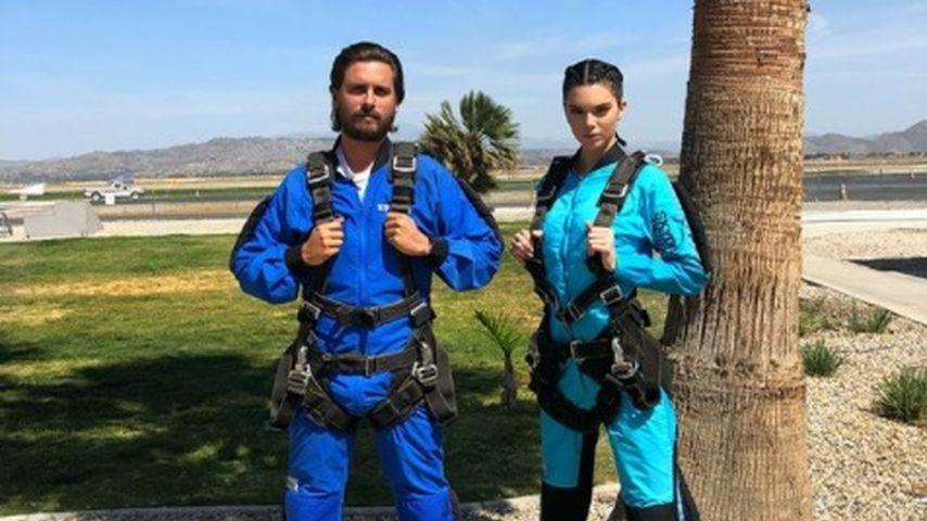 Doch kein Beef? Scott & Kendall rocken Fallschirm-Sprung!