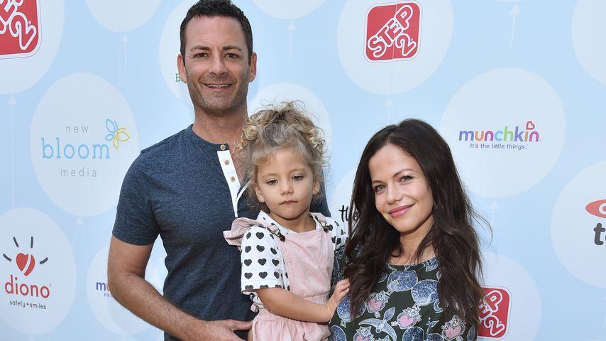 Sean McEwen und Tammin Sursok mit ihrer Tochter Phoenix