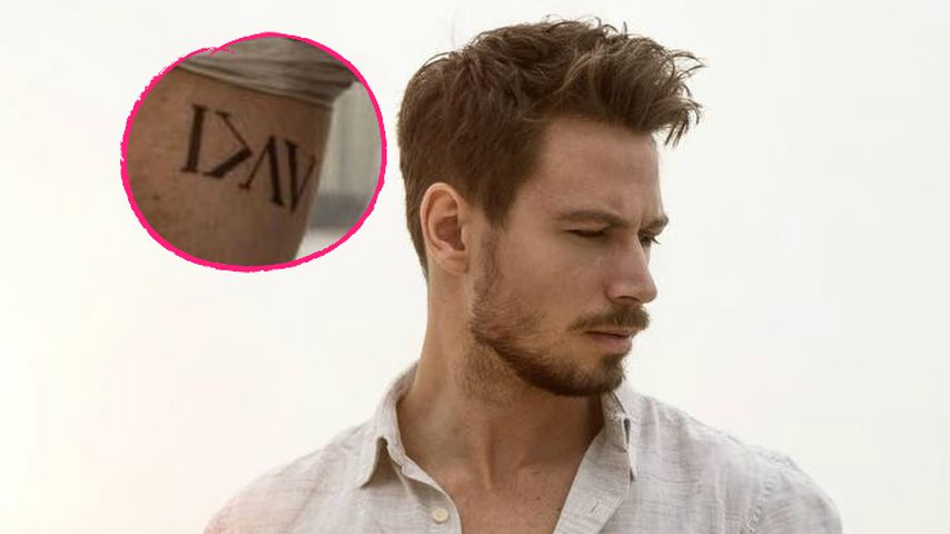Ungewohnt ernst: Das bedeutet Sebastian Panneks Tattoo!