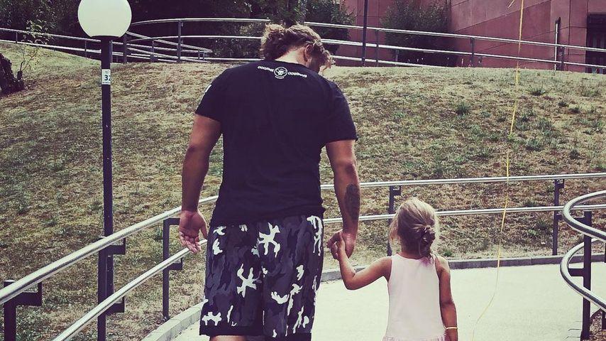 Severino Seeger mit seiner Tochter