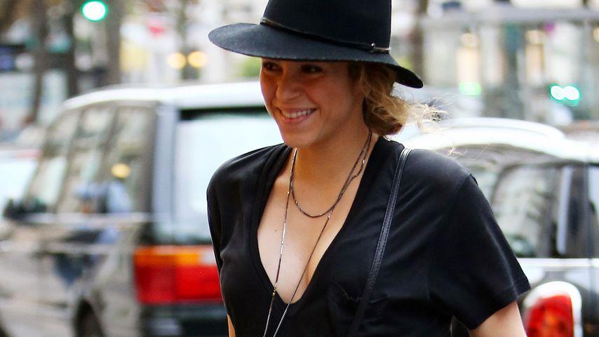 Strahlende Shakira: Man sieht schon ein Bäuchlein