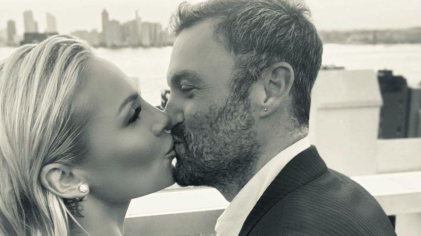 Total verliebt: Brian Austin Green schmust mit seiner Sharna
