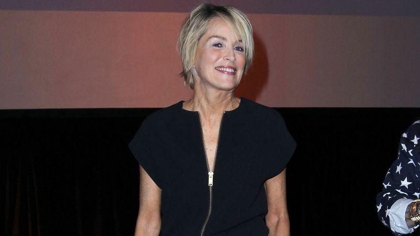 Eingeschüchtert? Männer rennen vor Sharon Stone weg