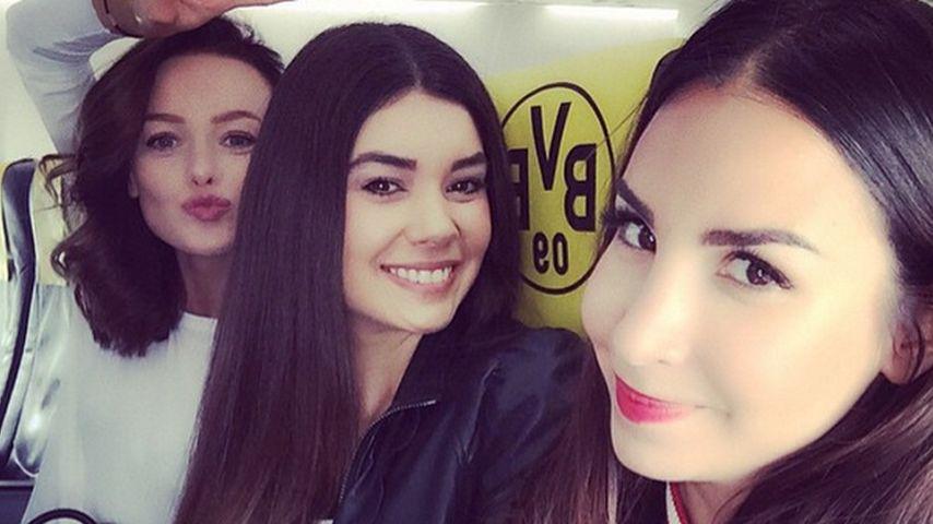 Sexy Team: Mit diesen Girls düst Sila Sahin zum Fußball