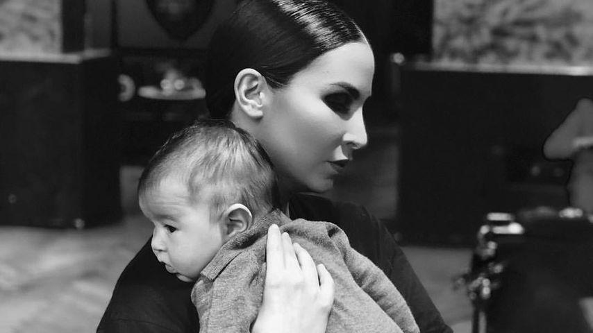 Süßer Kuschel-Moment: Sila Sahin teilt Pic mit Baby Elija