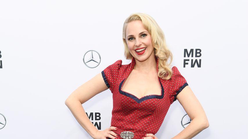 Silvia Schneider während der Berlin Fashion Week 2019