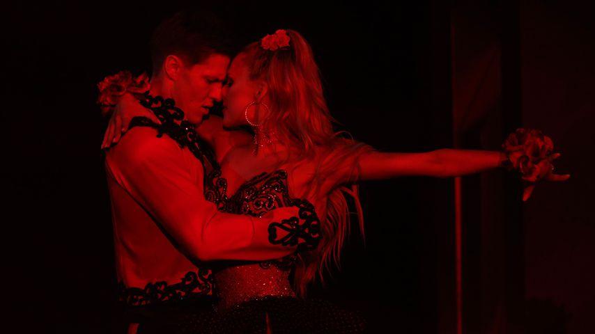 """Simon Zachenhuber und Patricija Belousova in der vierten """"Let's Dace""""-Show 2021"""